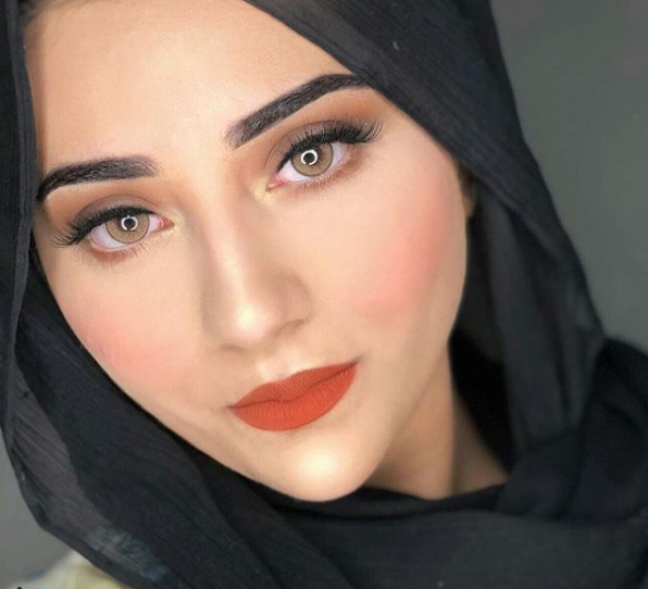 Top 10 Female Pakistani Bloggers You Should Be Following