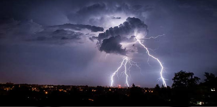 dangerous thunderstorms expected to hit karachi once again